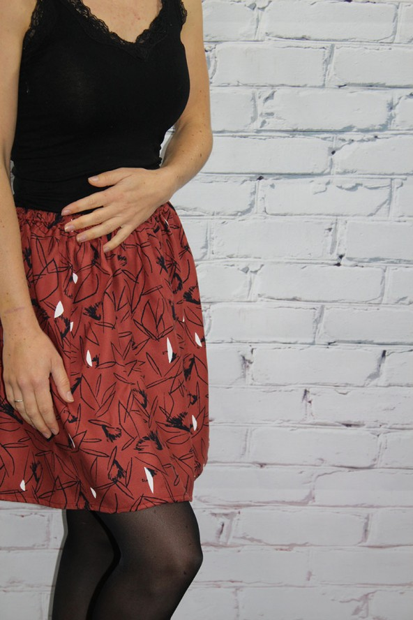 Tissu Cactus Terracotta Sergé de Viscose Eglantine et Zoé jupe toute simple à coudre