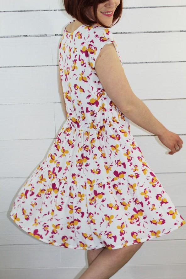 Tissu Clovers Nacre Crêpe de Viscose églantine et Zoé dansante robe Violette de République du Chiffon