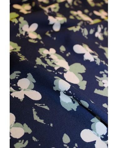 Tissu Clovers Bleu Atlantique Crêpe de Viscose églantine et Zoé zoom motifs