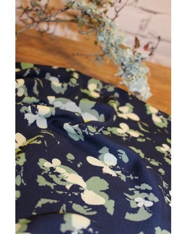 Tissu Clovers Bleu Atlantique Crêpe de Viscose églantine et Zoé inspiration nature