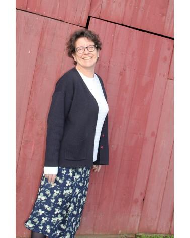 Tissu Clovers Bleu Atlantique Crêpe de Viscose églantine et Zoé élégante jupe création personnelle