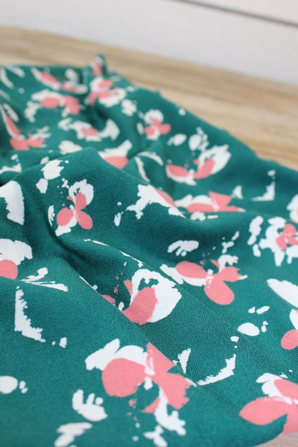 Tissu Clovers Vert Emeraude Crêpe de Viscose églantine et Zoé couleurs printanières