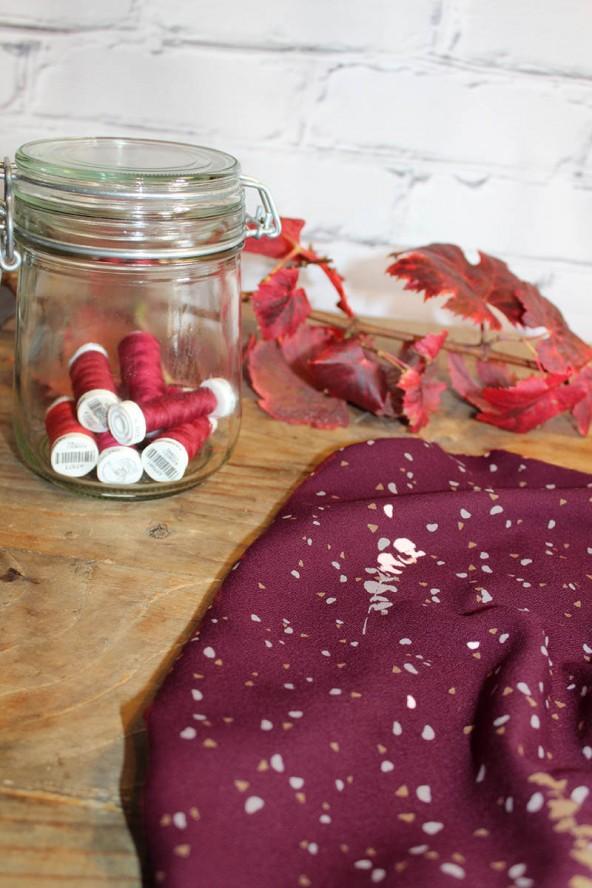 Tissu Lyptus Bordeaux Crêpe de Viscose charme des couleurs chaudes