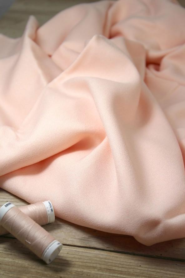 Tissu Nude Crêpe de Viscose Eglantine et Zoé Créé en France