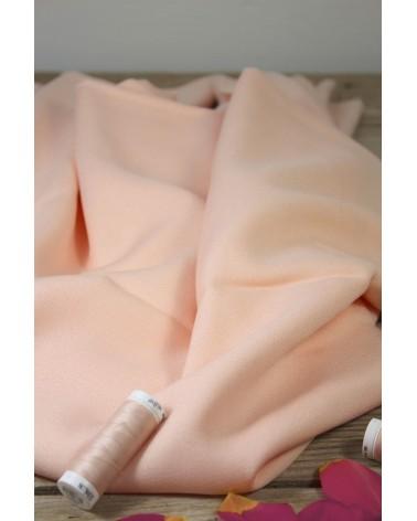 Tissu Nude Crêpe de Viscose Eglantine et Zoé pour vos vêtements cousus mains