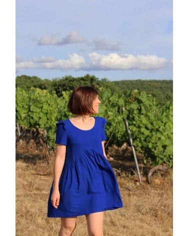 Robe Virevolte d'Atelier Scammit cousue dans le crêpe de viscose Bleu Royal de Eglantine et Zoé