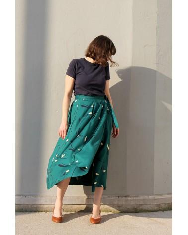 Tissu Bloom Vert Emeraude Eglantine et Zoe Crêpe de Viscose patron jupe plissée jolie bobine