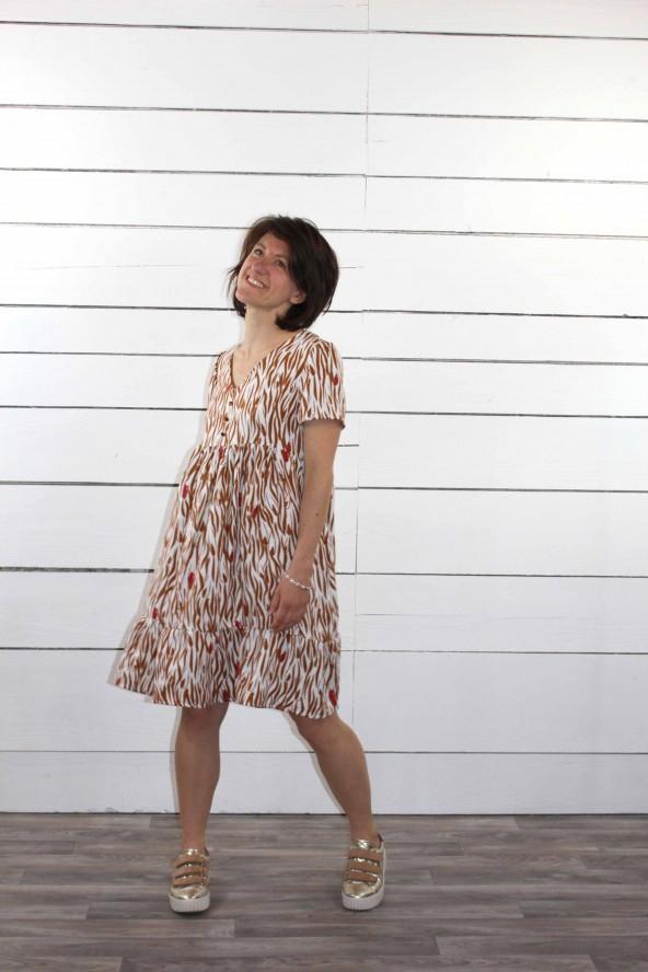 Tissu a motif Zebra Nacre Crêpe de Viscose patron petite robe Ethel de Pm Patterns