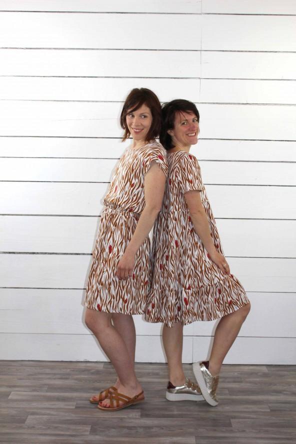 Duo de robes en zebra nacre eglantine et Zoe