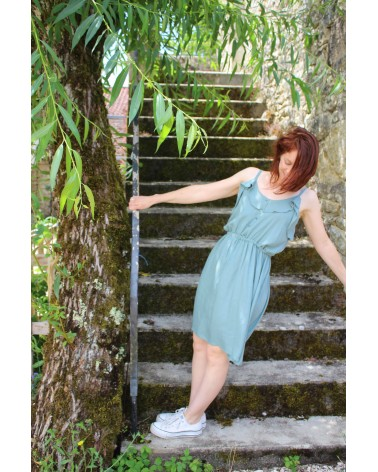 Tissu uni Vert Sauge Eglantine et Zoe Crêpe de Viscose patron robe portofino appoline pattern