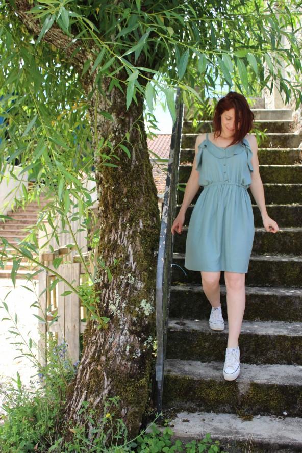 Tissu Vert Sauge Eglantine et Zoe Crêpe de Viscose patron robe portofino appoline pattern facile a coudre pour débutant