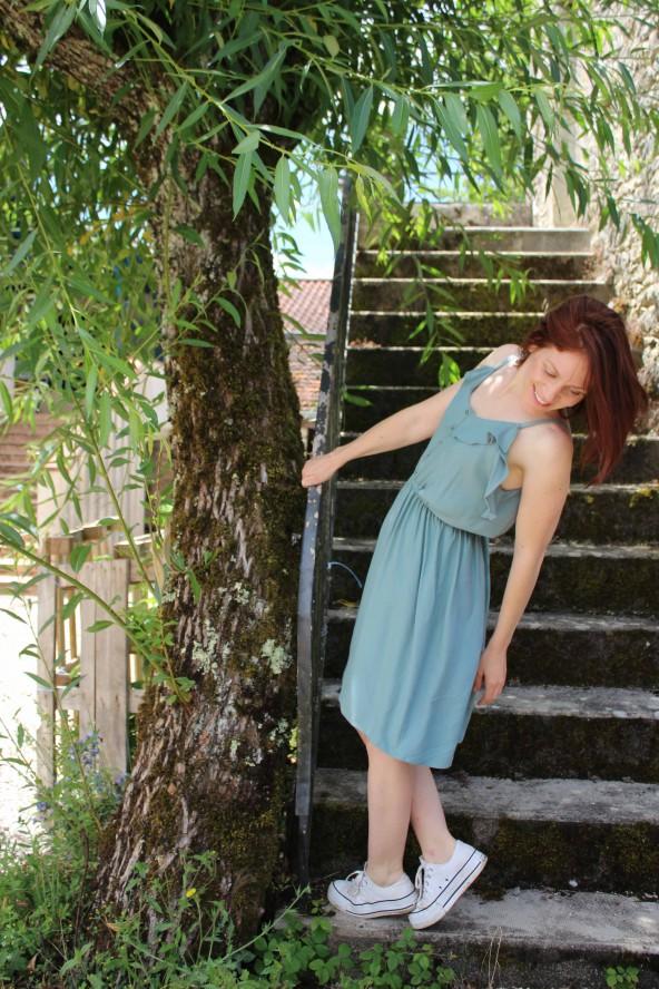 Tissu Vert Sauge Eglantine et Zoe Crêpe de Viscose patron robe portofino appoline pattern elegante et moderne