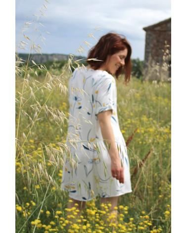 Tissu motif Bloom Nacre Sergé de Viscose Eglantine et Zoé robe guinguette de cousette facile à coudre