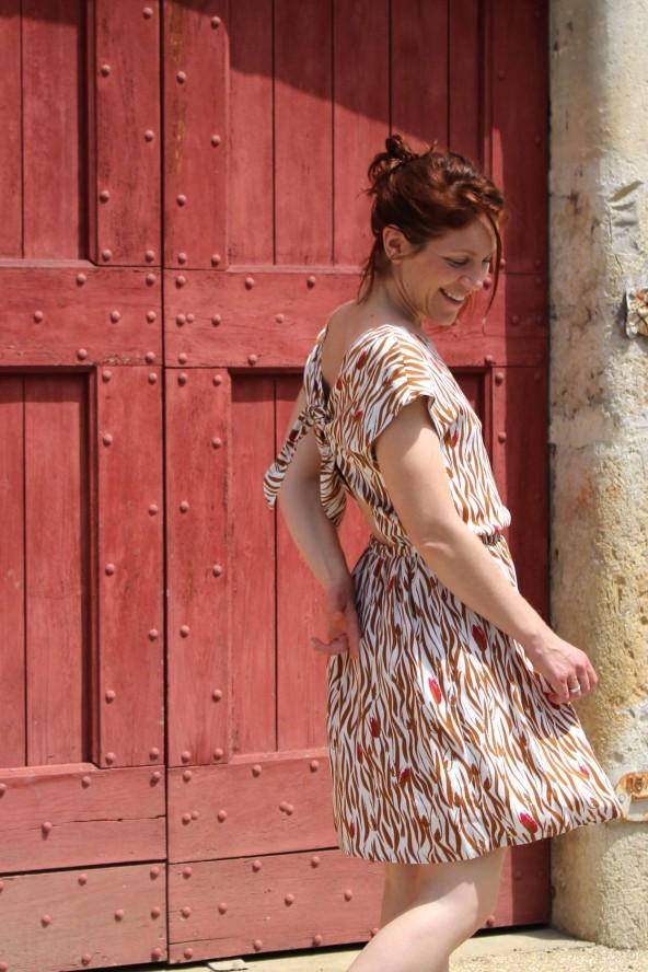 Tissu Zebra Nacre Crêpe de Viscose idéal pour coudre vos cousettes de l'été patron robe Irene République du Chiffon