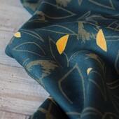 """Votre chouchou du week end... A l'occasion du lancement samedi dernier du deuxième chapitre de notre Collection """"A l'Etat Sauvage"""", vous avez été nombreuses à être inspirées par notre Sergé de Viscose Cactus Dark Lagune. 🌵💚💚  Pour créer ce tissu, nous avons joué avec du vert foncé, du kaki et du jaune poussin. Fluide, mais avec un peu de tenue, notre support sergé est aussi doux qu'agréable à coudre. Ce tissu sera idéal pour coudre des robes, chemises, blouses et toutes sortes de vêtements fluides.   Il nous a inspiré une jolie robe... Et vous, qu'avez vous envie de coudre dans ce beau sergé ?   #cactusdarklagune #eglantineetzoe #eglantineetzoefabrics #tissueglantineetzoe #coutureaddict #jolitissu #instacouture #sewingaddict #tissuaddict #fabricsaddict #creatricefrancaise #madeinportugal #fabriclover #motifsexclusifs #jolimotif #couture #cousette #jepeuxpasjaicouture #passiontissu #passionmotif"""